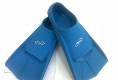 Ласты для плаванья, короткие. Размер 45-46. Цвет синий.