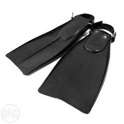 Ласты для плаванья резиновые, на ремешке. Разные размеры.