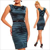Деловое платье темно-зеленого цвета
