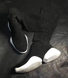 Стильные осенние сапоги. Цвет черный