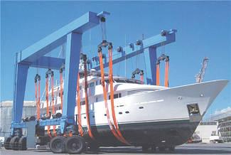 Подъемный кран яхты (мобильная лодочная лебедка)