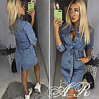 Женское джинсовое платье с пуговицам