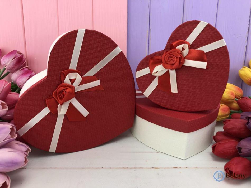"Коробка в форме сердца ""Lush"" красная (3шт/уп)"