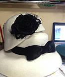 Оригинальная  шляпка  из  фетра цвет белый с украшением, фото 6