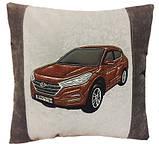 Автомобільна подушка з вишивкою силуету Вашого авто, фото 4
