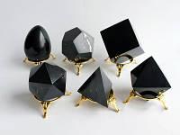 Геометрические фигуры – трендовые элементы позолоченных украшений