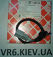 Датчик положения распредвала VW Golf V, Passat , Sharan, Touran, Crafter 03G957147B