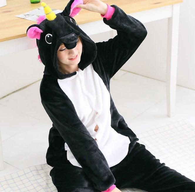 Пижама кигуруми женская и мужская Единорог черный
