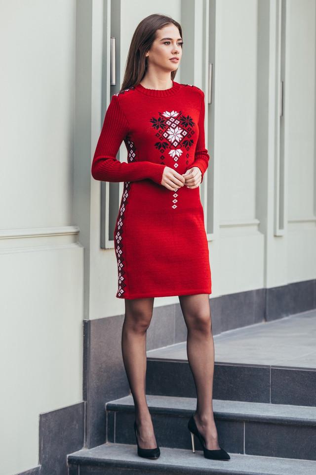 Вязаное платье Стася вишня - черный - белый
