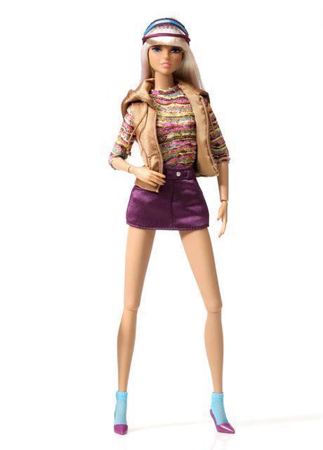 Коллекционная кукла Integrity Toy 2011 Dynamite Girls Dayle In The City