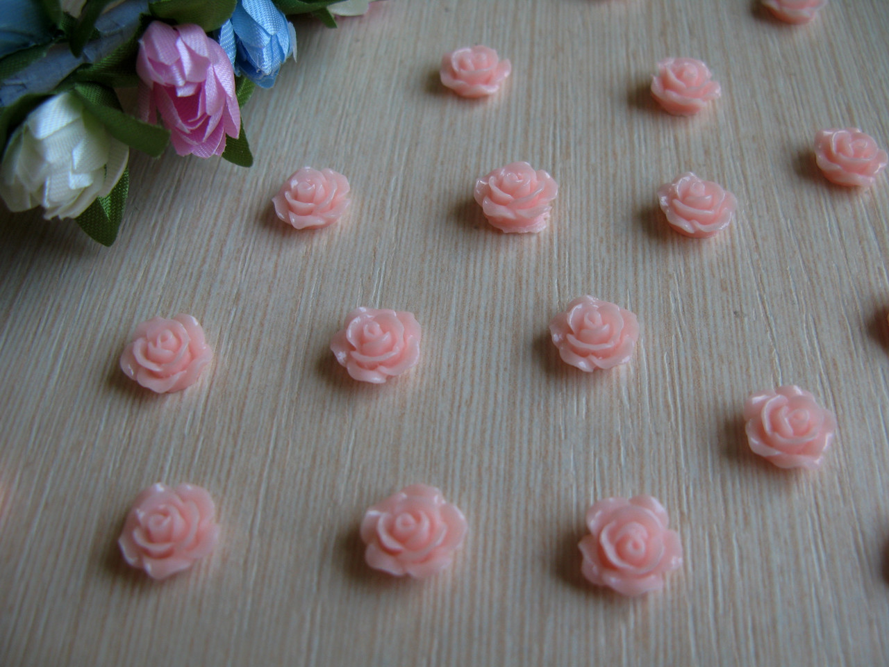 Серединка акриловая - Роза розово - персиковая малышка р-р - 9 мм цена 7.5 грн - 10 шт