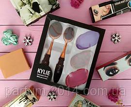 Набір кистей і силіконових спонжей Kylie foundation brush silica gel poved (репліка)