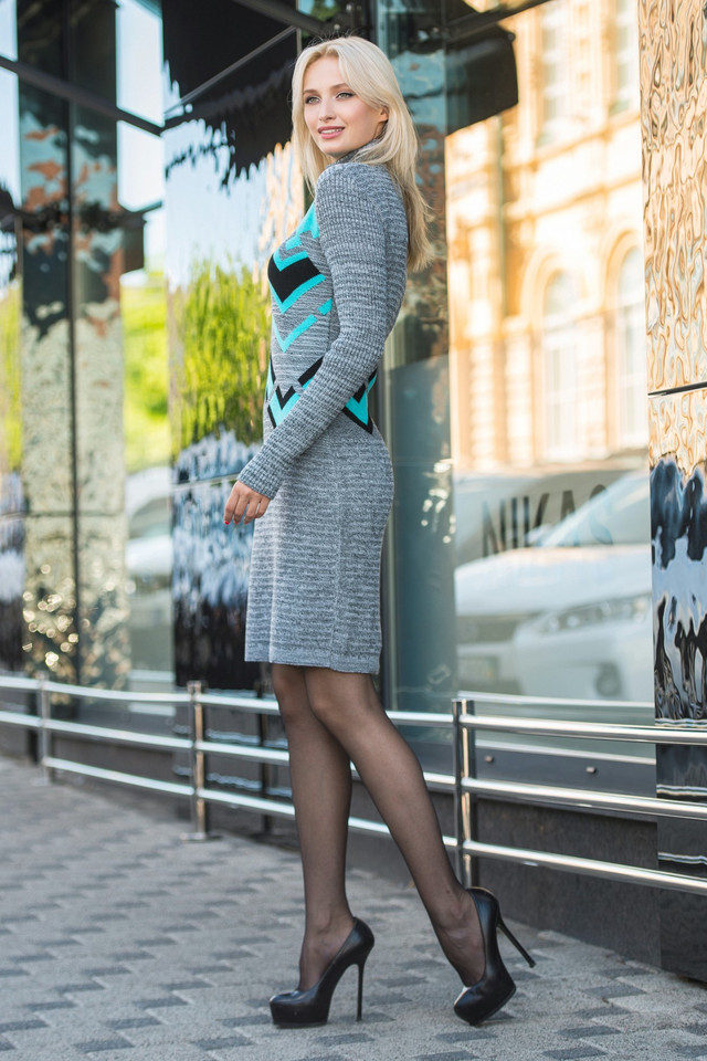 Вязаное платье женское Злата серый меланж-мята-черный