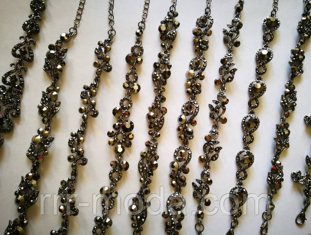 Черные браслеты с черным жемчугом и черными камнями в черных стразах. Новости. Купить. Заказать. Цена. Фото.
