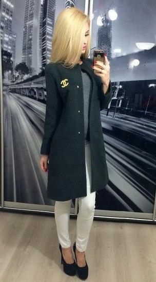 Пальто кашемировое без воротника в стиле Шанель