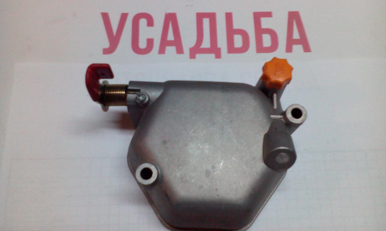 Крышка клапанов (2 болта ) 186F