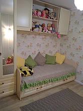 Кровать подростковая с крашенными фасадами