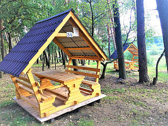 Деревянные беседки на базе отдыха в Ровенской области 1