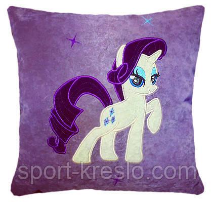 Подушка детская сувенирная с вышивкой пони