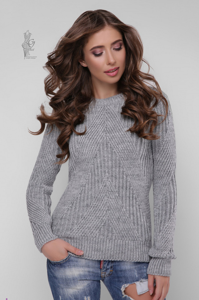 Цвет серый Вязаного женского свитера Велия
