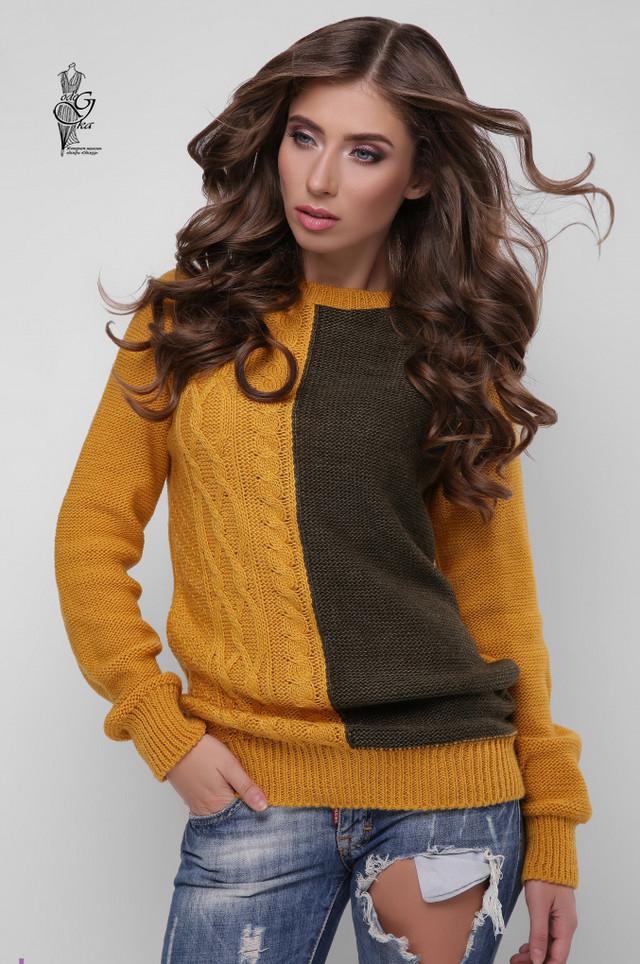 Фото Вязаного женского свитера Арли-4