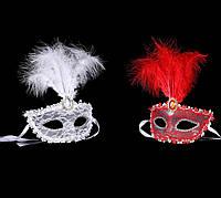 Венецианская маска Патриция (белая, красная)