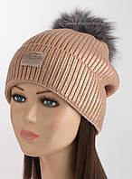 Зимняя шапка с помпоном из чернобурки и фольгированием Риана Ugg пудровая