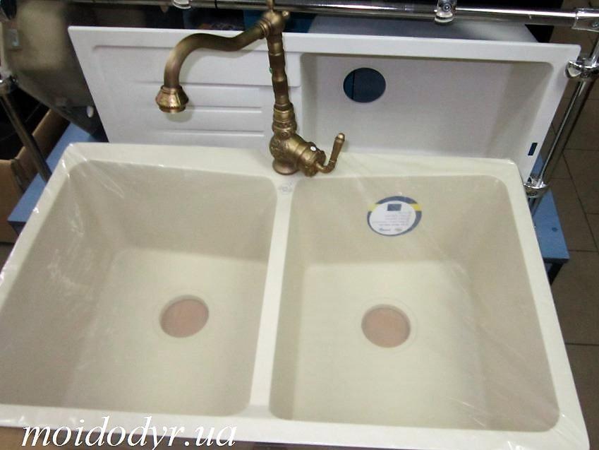 Мойка кухонная гранитная врезная Vered D-8001 Vanila Granit