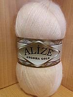 Зимняя пряжа (20% шерсть, 80% акрил; 100г/550м) Alize Angora Gold 681 (светло-персиковый)