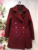 Демисезонное пальтоподростковое для девочки 10-12 лет, красное