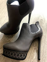 Красивейшие стильные кожаные ботинки casadei, фото 1