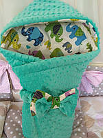 Конверт-одеяло с капюшоном на выписку новорожденного Плюш Minky, 80*80 см.