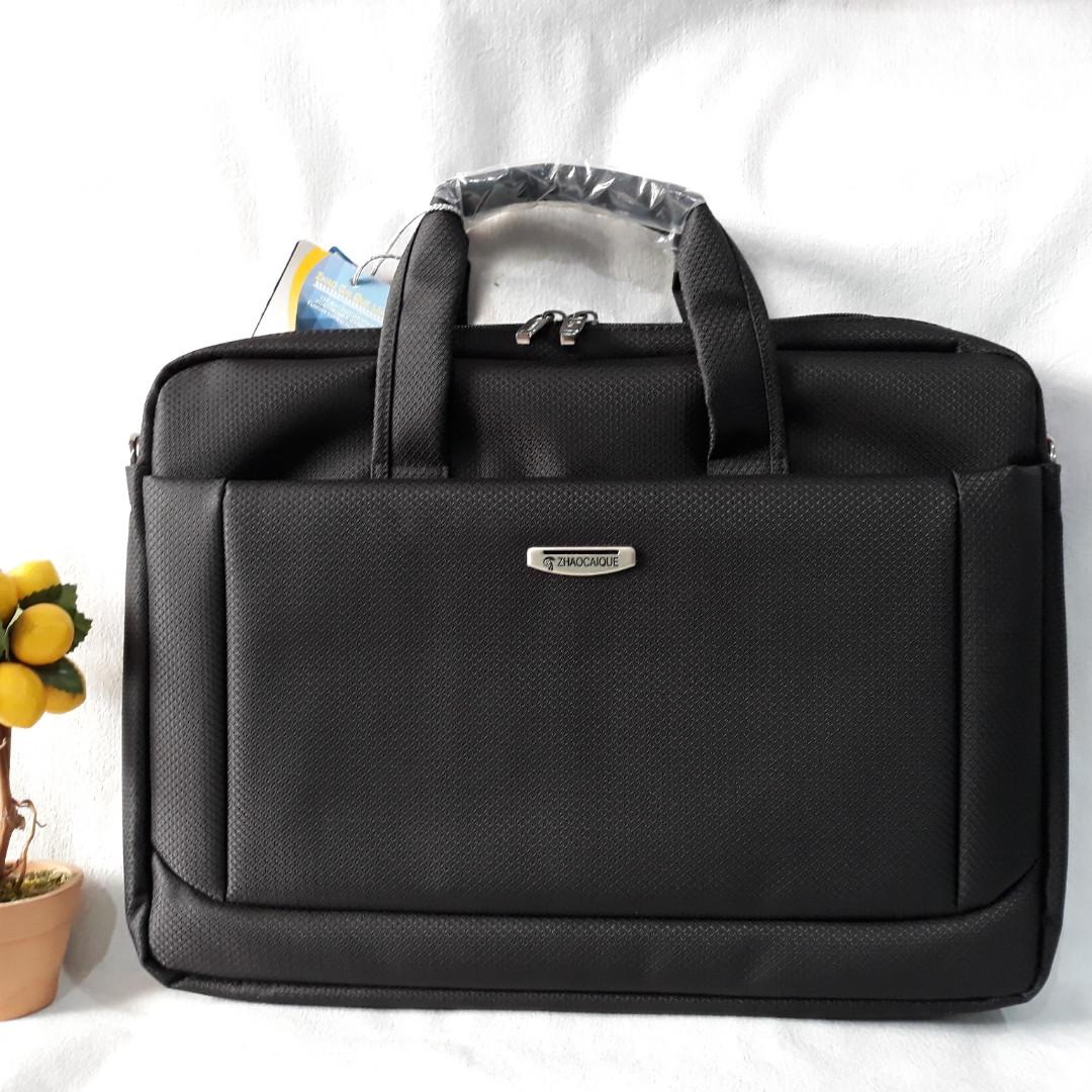 5641bdda7d19 Красивая, сумка под ноутбук (15 дюймов) и документы. Практичная, стильная  модель