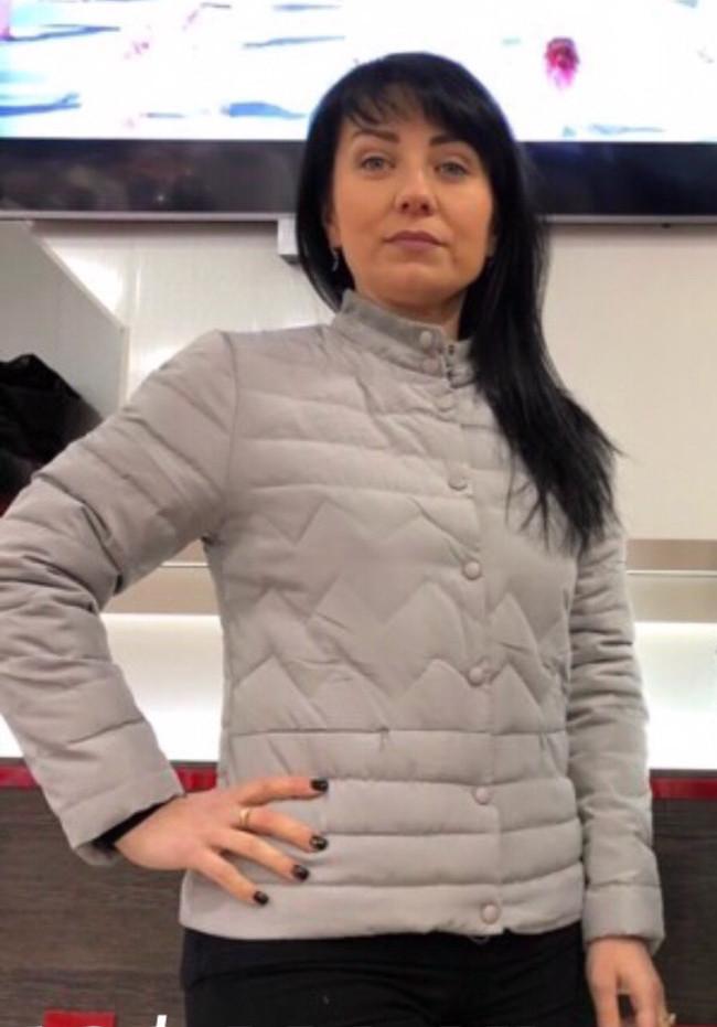 Красива модна тепла недорога жіноча куртка демі р. 42-50