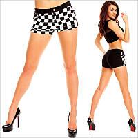 Короткие черно-белые шорты женские
