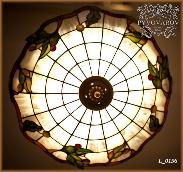 Люстра из цветного стекла в технике Тиффани