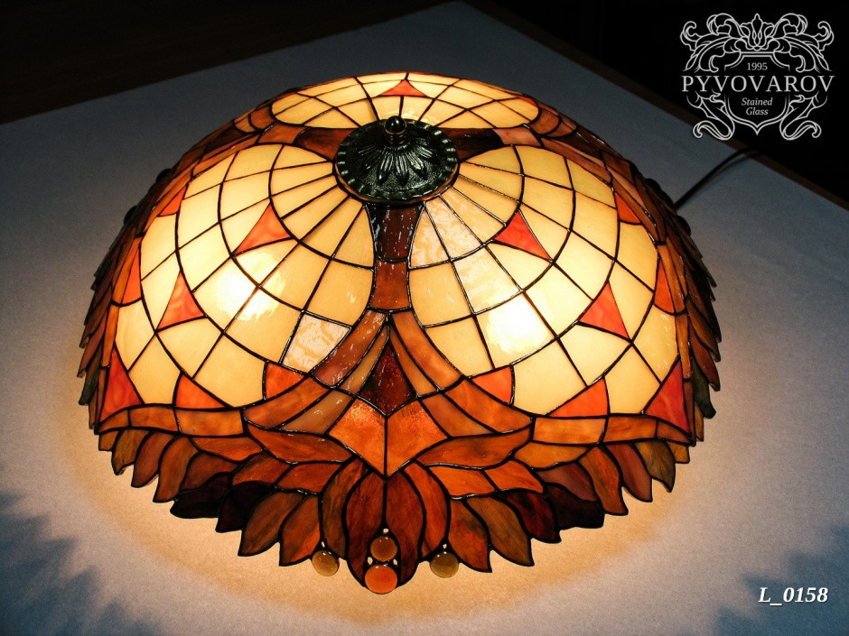 Люстра Тиффани в форме купола