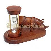 Носорог с песочными часами