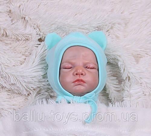 Велюровая шапочка на завязках для новорожденных Mini (0-3 мес)