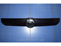 Заглушка решётки радиатора Opel Vivaro верх 2001-2006 глянец Fly. Утеплитель решётки радиатора Опель
