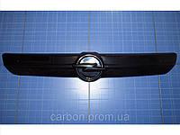 Заглушка решётки радиатора Opel Vivaro верх 2001-2006 глянец Fly  Утеплитель решётки радиатора Опель Виваро
