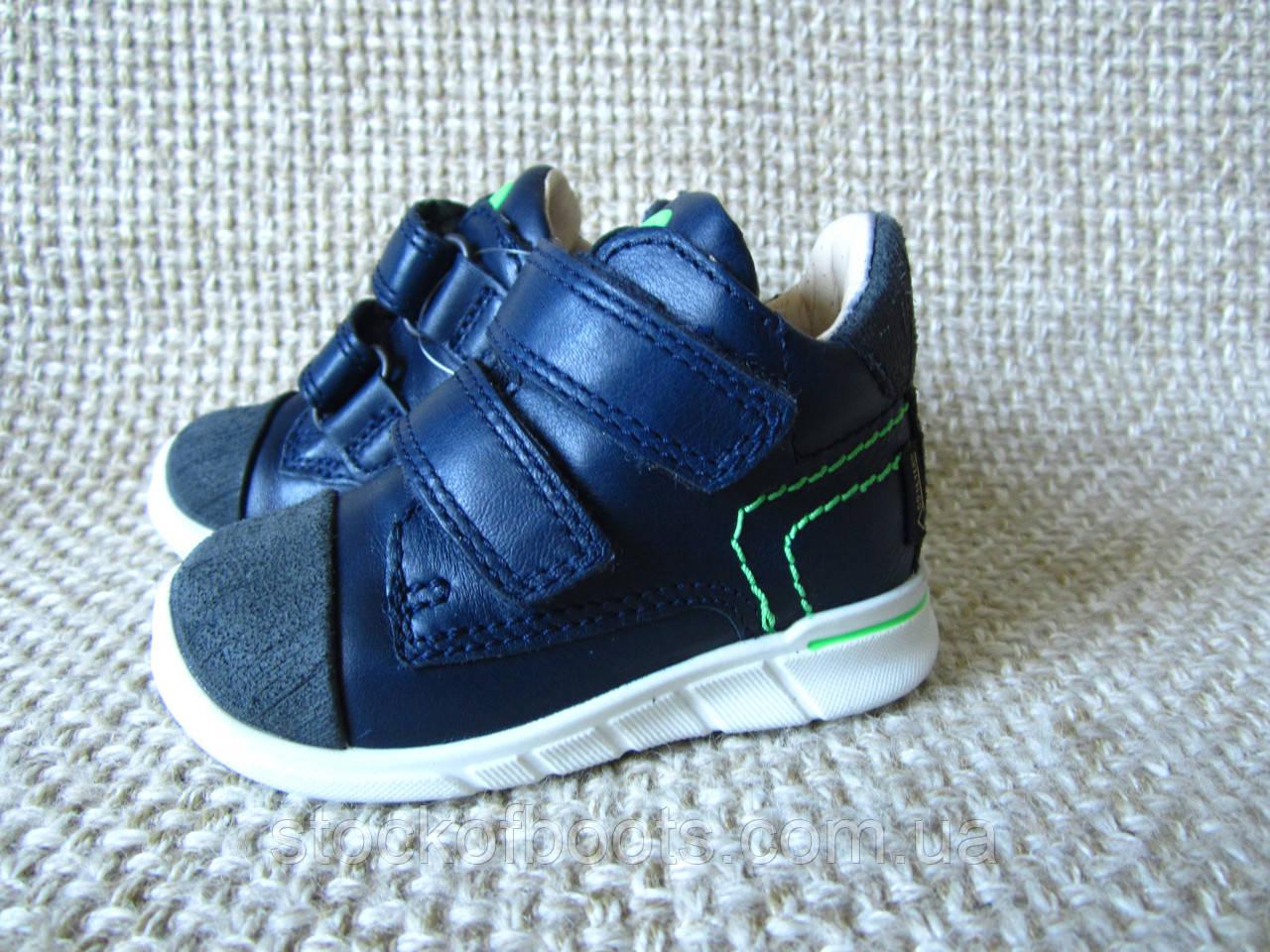 df1d1b3e5a9cf7 Пінетки кросівки черевички для хлопчика шкіряні ecco first gore-tex 754161  розмір 19