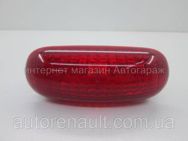 Задний фонарь верхний на Рено Трафик 01-> - Renault (Оригинал) — 8200209522