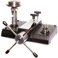 Pressure balance – compact version - ranges: up to 1200 bar - accuracy: 0.05 % / 0.025 % CPB3800
