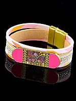 Браслет светло-розовый с пластинкой 19 см. 032474