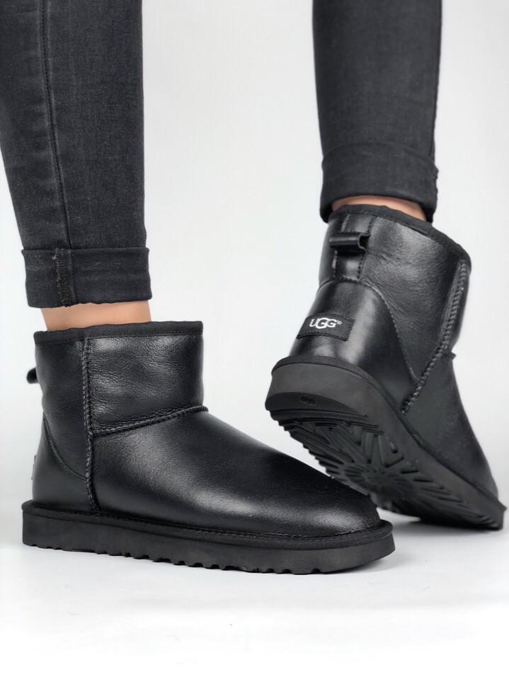 Угги женские UGG Australia Classic II mini black leather