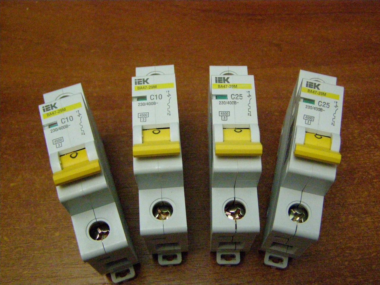 Автоматический выключатель 1р 20А  ВА47-29М ИЕК B