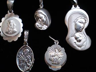 Иконки , ладанки серебрянные