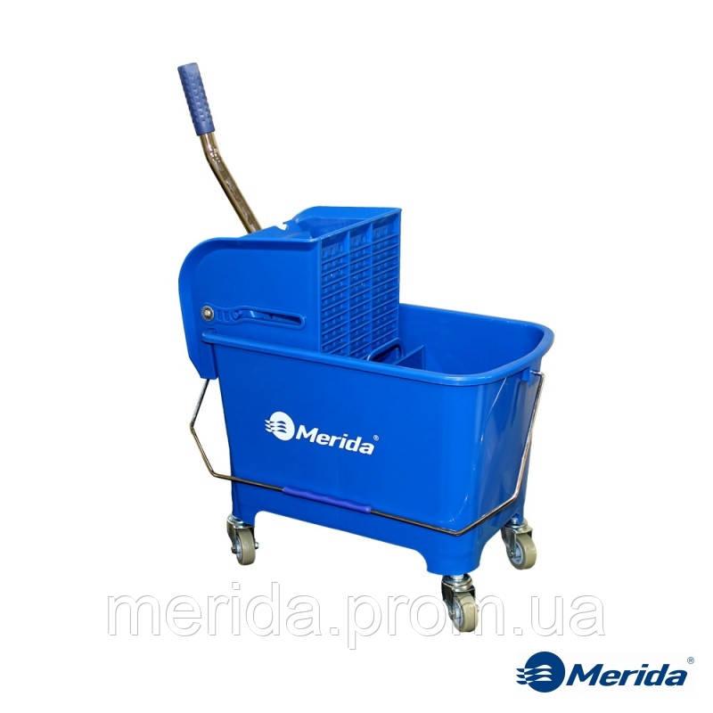 Ведро для уборки 17 л. с отжимом на колесах Merida (тележка мини), Польша