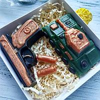 """Набор подарочный мыло ручной работы """"Танк и пистолет Макарова"""""""